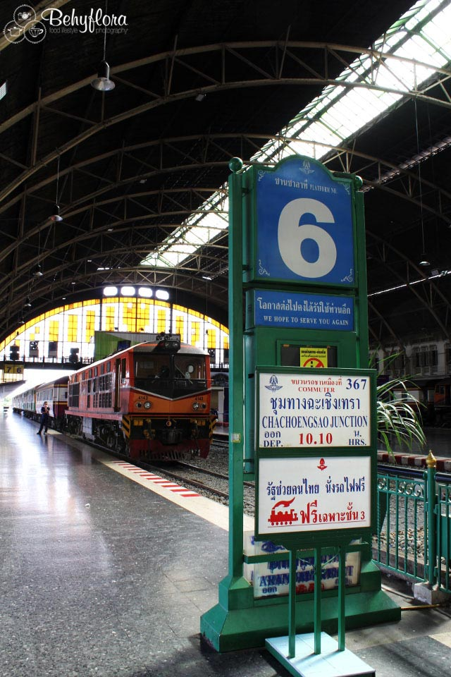Willkommen am Bahnhof in Bangkok - Hua Lompong