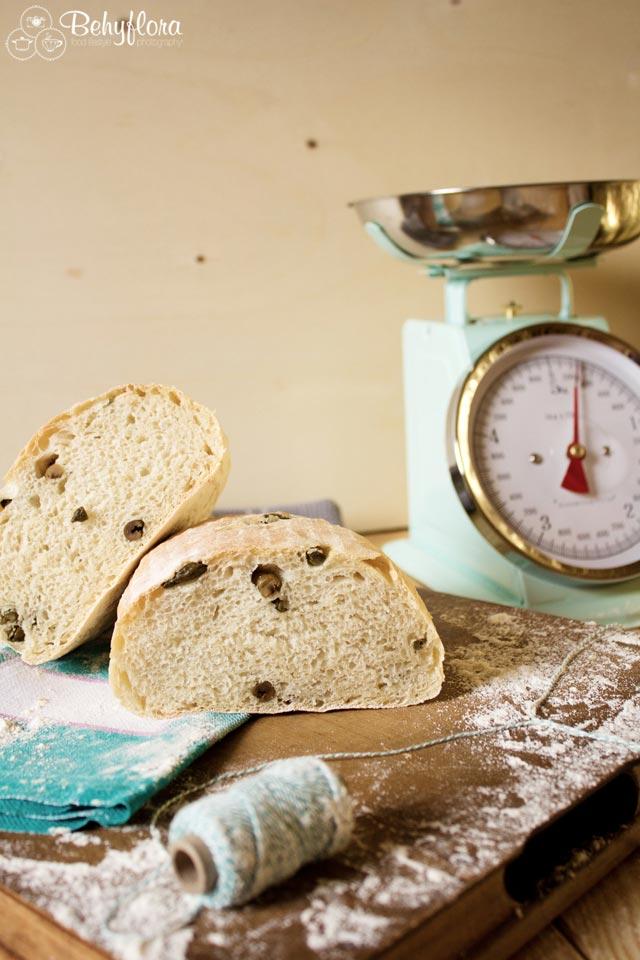 Beim Brotbacken muss man genau abwiegen