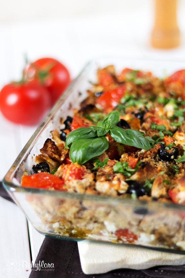 Italienischer Brotauflauf direkt aus dem Ofen