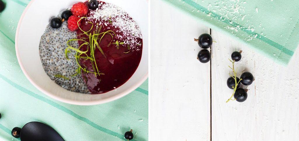 Leckere Smoothiebowl mit Beeren und Chia