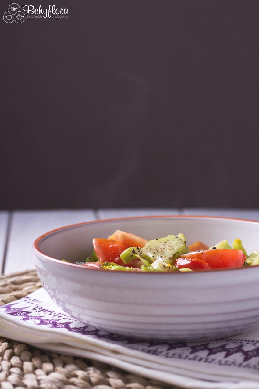 Schale mit Brokkoli-Pfanne