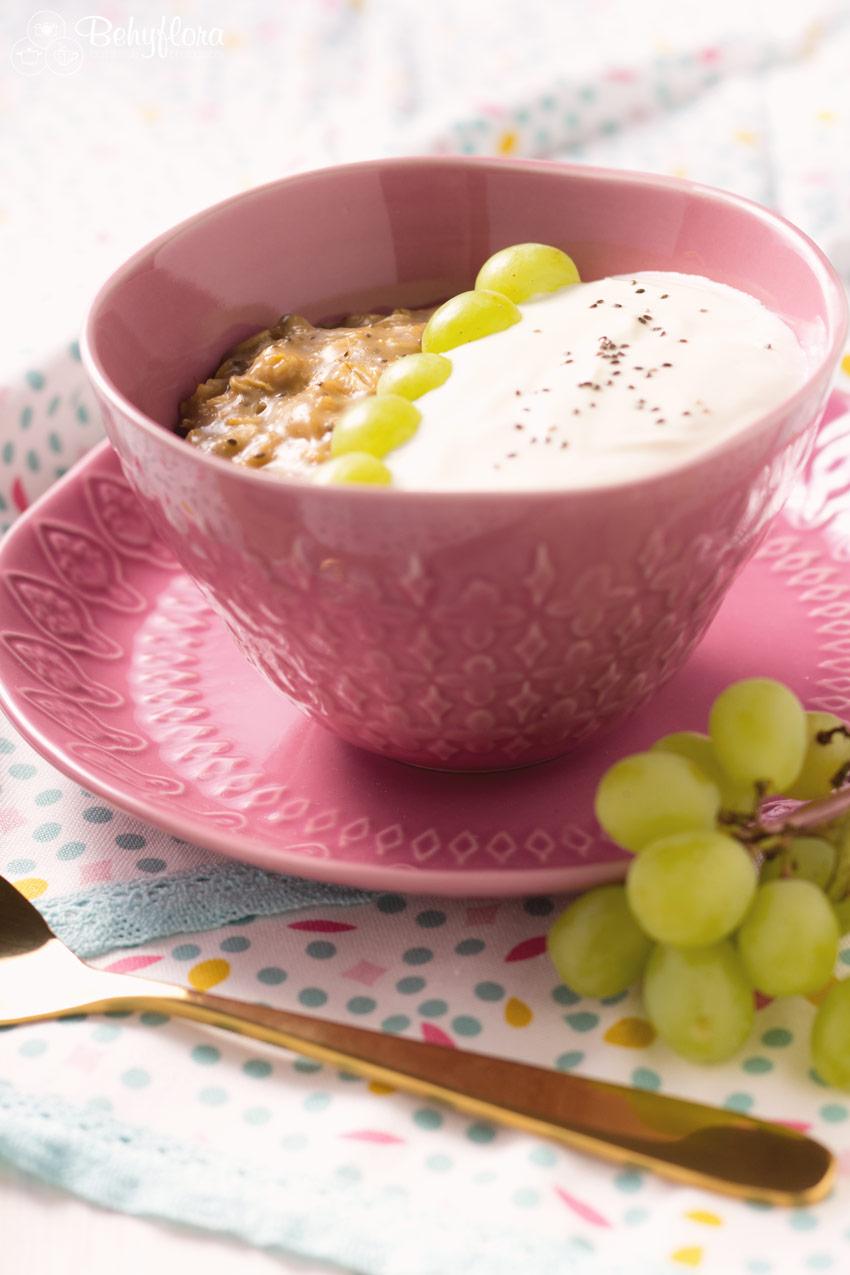 Pudding Oats mit Obst und Joghurt