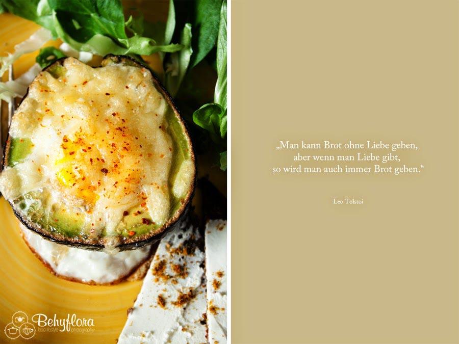 Zitat - Brot - Avocado mit Ei