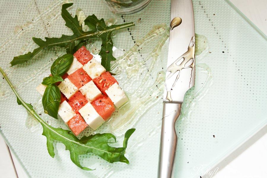 Wassermelonen-Feta-Salat mit Rucola