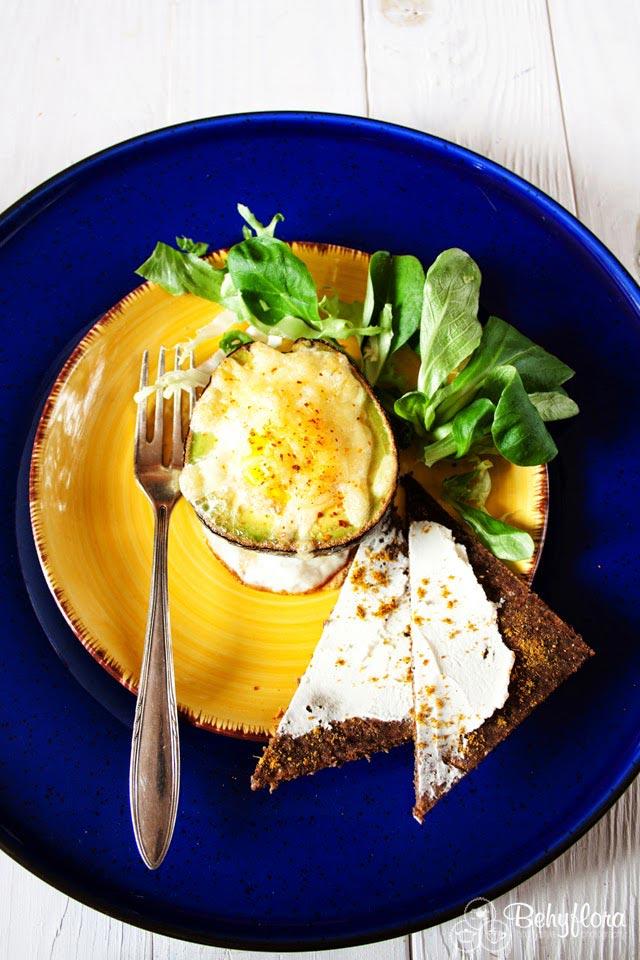 Avocado überbacken mit Ei