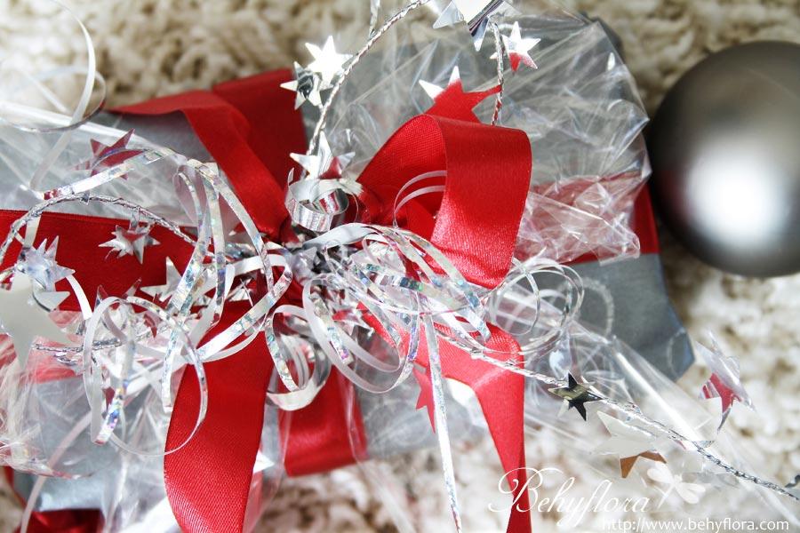 Geschenke verpacken - Riesige Schleife