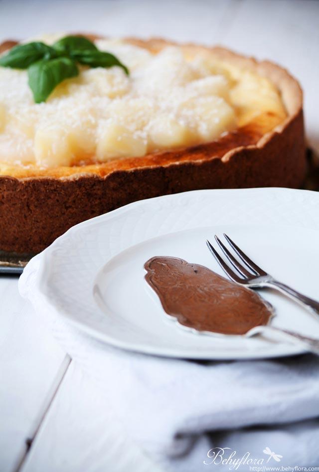 Piña Colada Cheesecake mit Ananas-Kokos-Topping