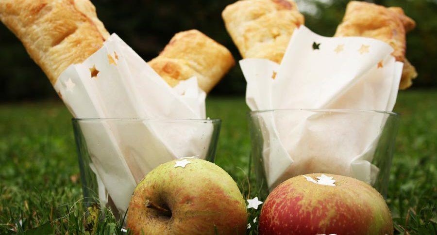 Apfeltaschen aus Blätterteig
